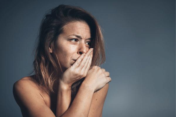 אישה סובלת מדיכאון